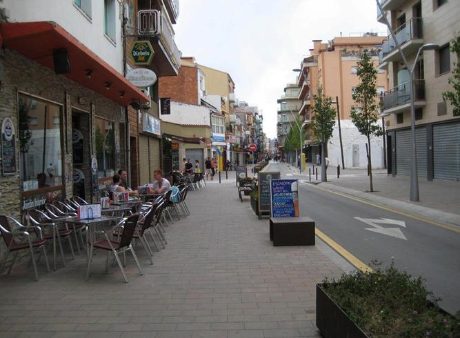Улица Esglesia