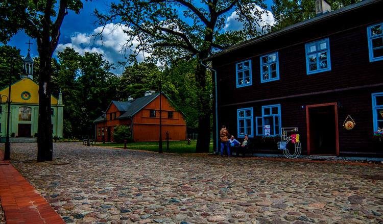 Музей деревянной архитектуры под открытым небом