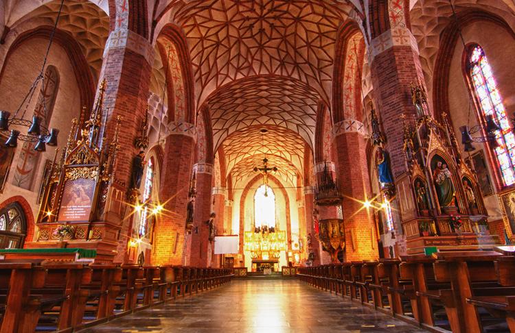 Внутри собора Святого Якуба