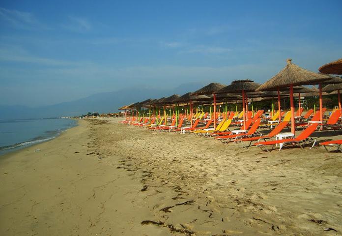 Пляж Коринос