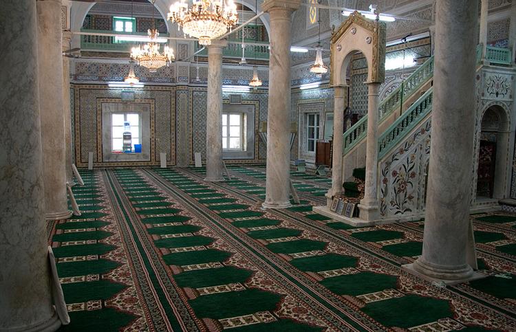 Внутри мечети Гурги