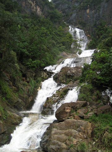 Водопад Равана Элла