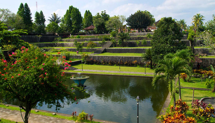 Водный парк «Нармада»