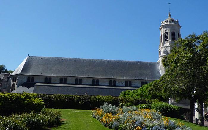 «Корабельная» церковь Святого Леонарда